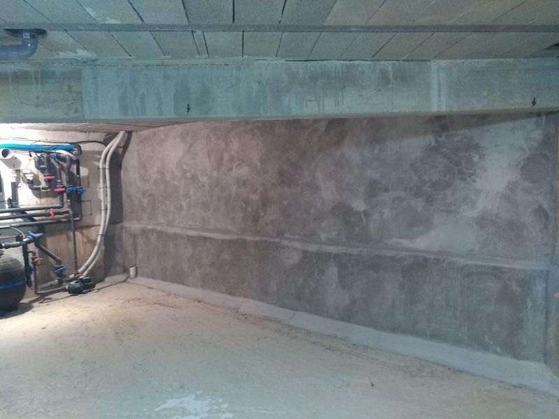 imperm abilisation des murs enterr s d 39 une maison neuve sur pourri res dans le var traitement. Black Bedroom Furniture Sets. Home Design Ideas